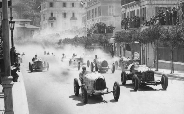 1933 год. Автомобиль команды Scuderia Ferrari выступает под номером 26
