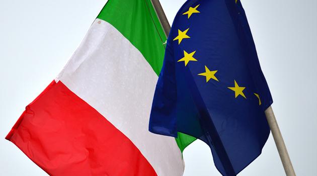 ITALY-THEME-SYMBOLS-FLAG