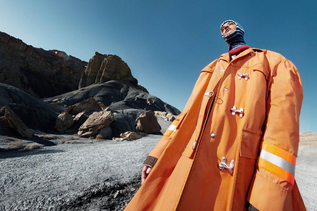 Calvin Klein прекращает выпуск модной одежды