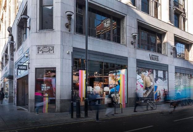 Vans открывает крупнейший в Европе магазин