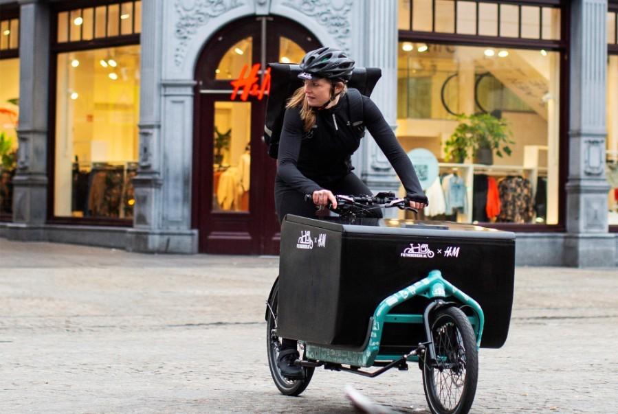 H&M запускает доставку заказов на велосипедах