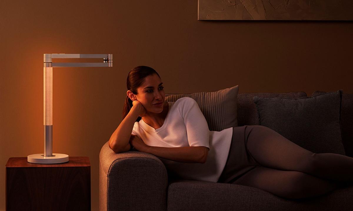 Dyson просит $650 за лампу, способную имитировать свечу