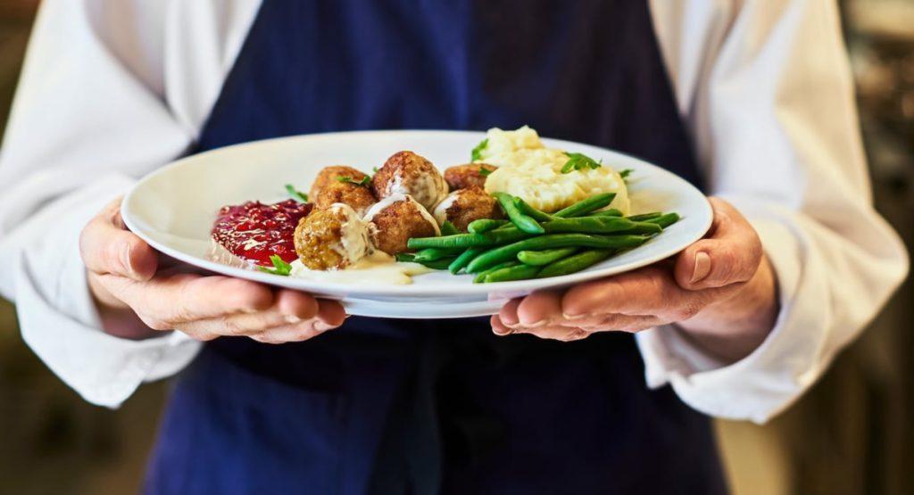 Бизнес продуктов питания IKEA переходит на цифровые рельсы