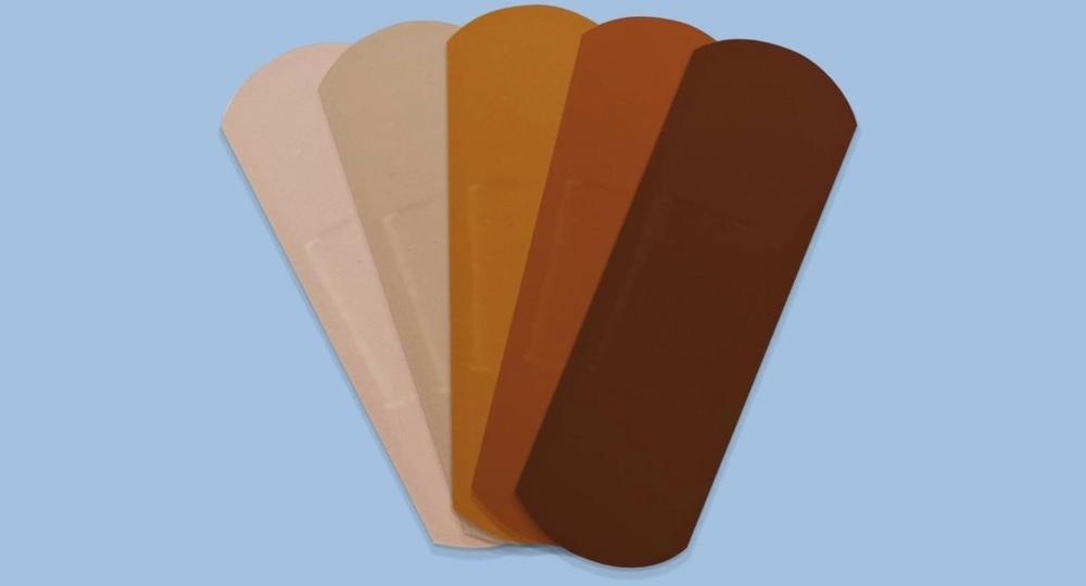 Johnson & Johnson выпустит пластыри для разных цветов кожи