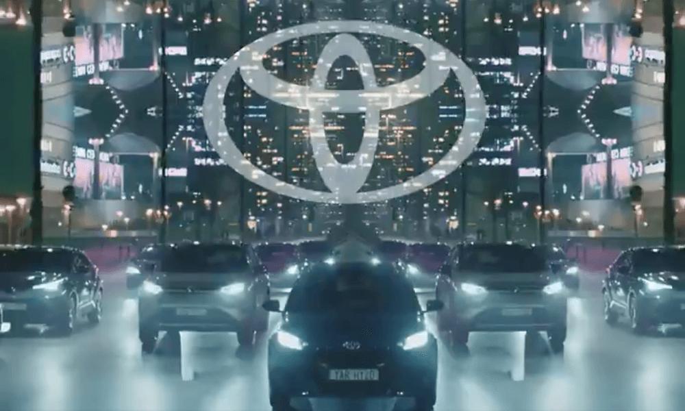 Торжество минимализма в новом плоском логотипе Toyota