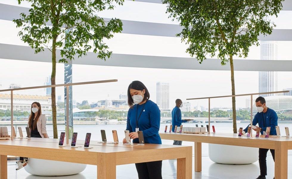 Apple создала уникальную защитную маску