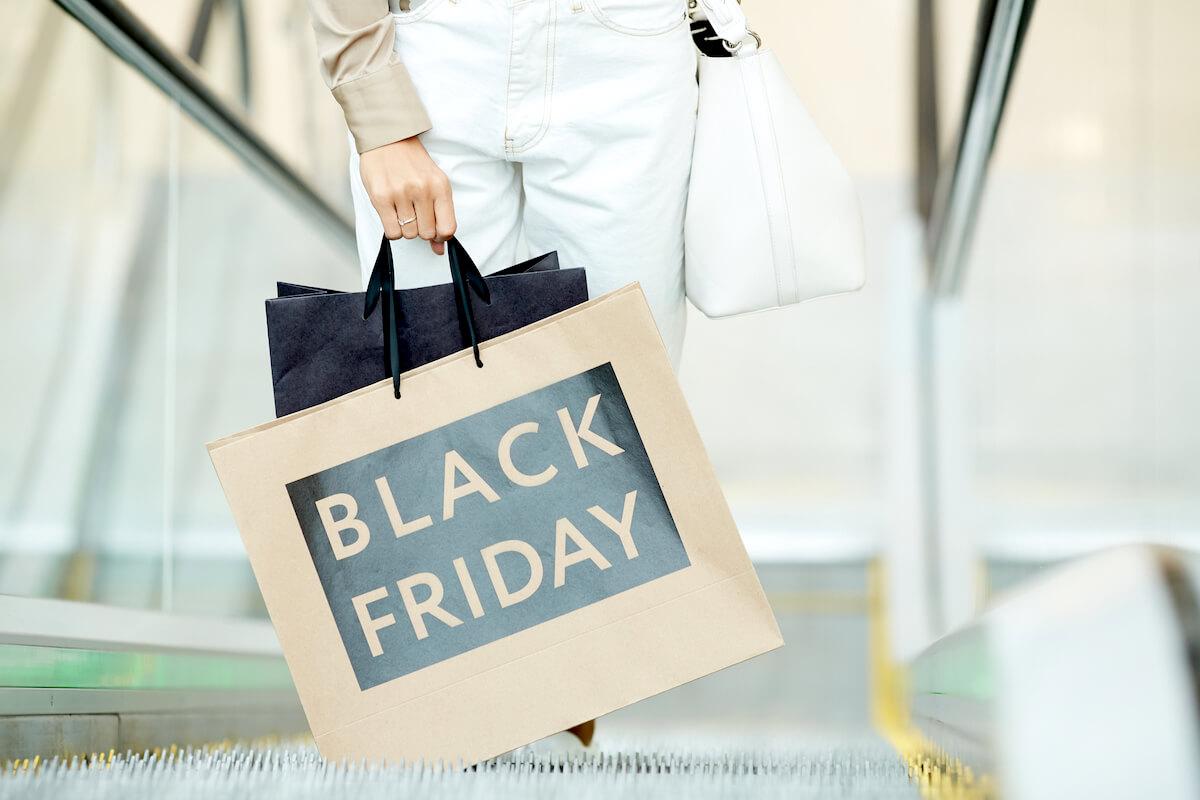 Покупки в чёрную пятницу - depositphotos.com
