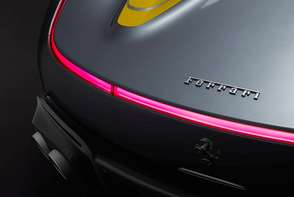 Ferrari проведёт модный показ роскошной коллекции одежды