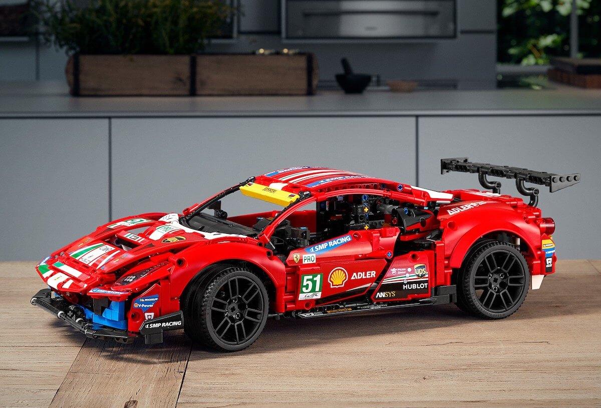 Ferrari 488 GTE AF Corse #51 42125 Technic LEGO